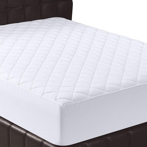Utopia Bedding Quilted Fitted Queen Mattress Pad. Mattress Cover Stretches up to 16 Inches Deep